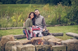 outdoor-lumberjack-couples-photo-shoot-at-heritage-ranch-nelson-table-for-two-17