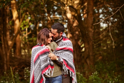 outdoor-lumberjack-couples-photo-shoot-at-heritage-ranch-nelson-table-for-two-9